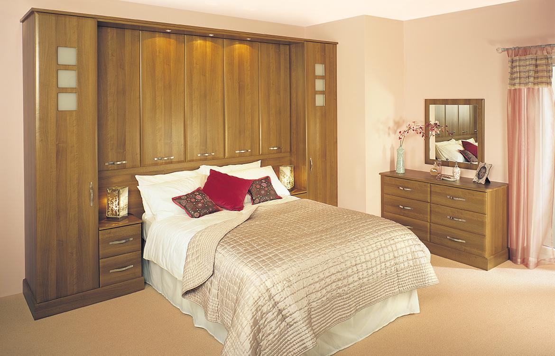 Fitted Bedrooms - Geneva :: Walnut