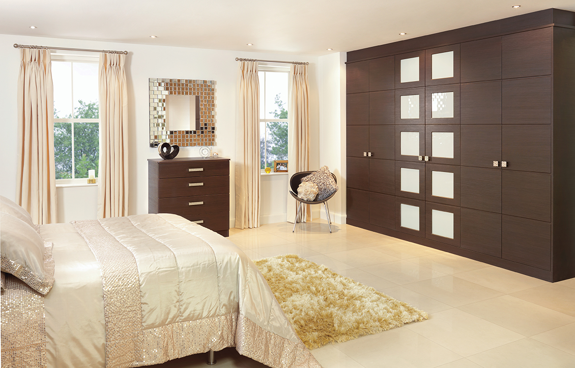 Fitted Bedrooms - Rialto :: Rift Oak