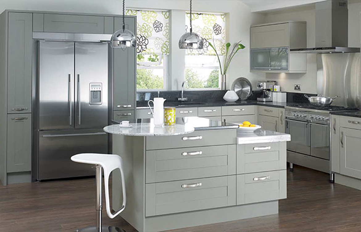 Canterbury Fitted kitchen :: pebble and olive