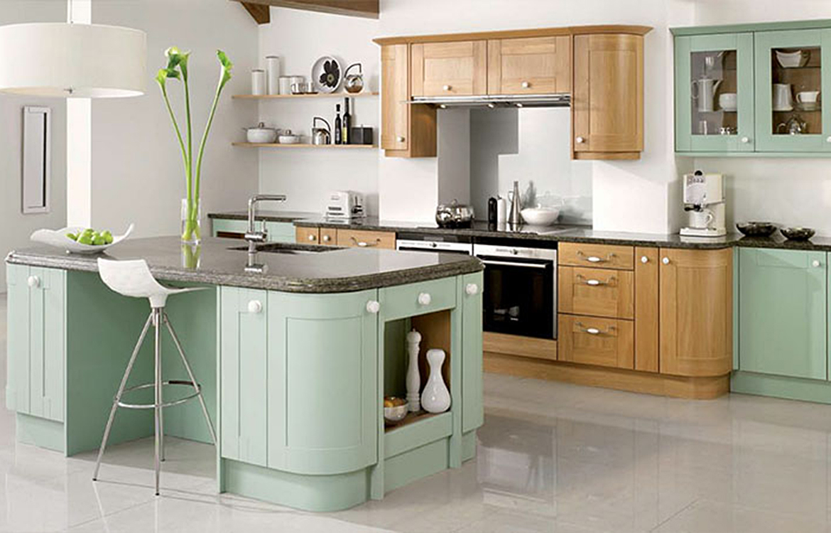 Lincoln - Fitted kitchen :: Natural Oak and Painted Willow Green