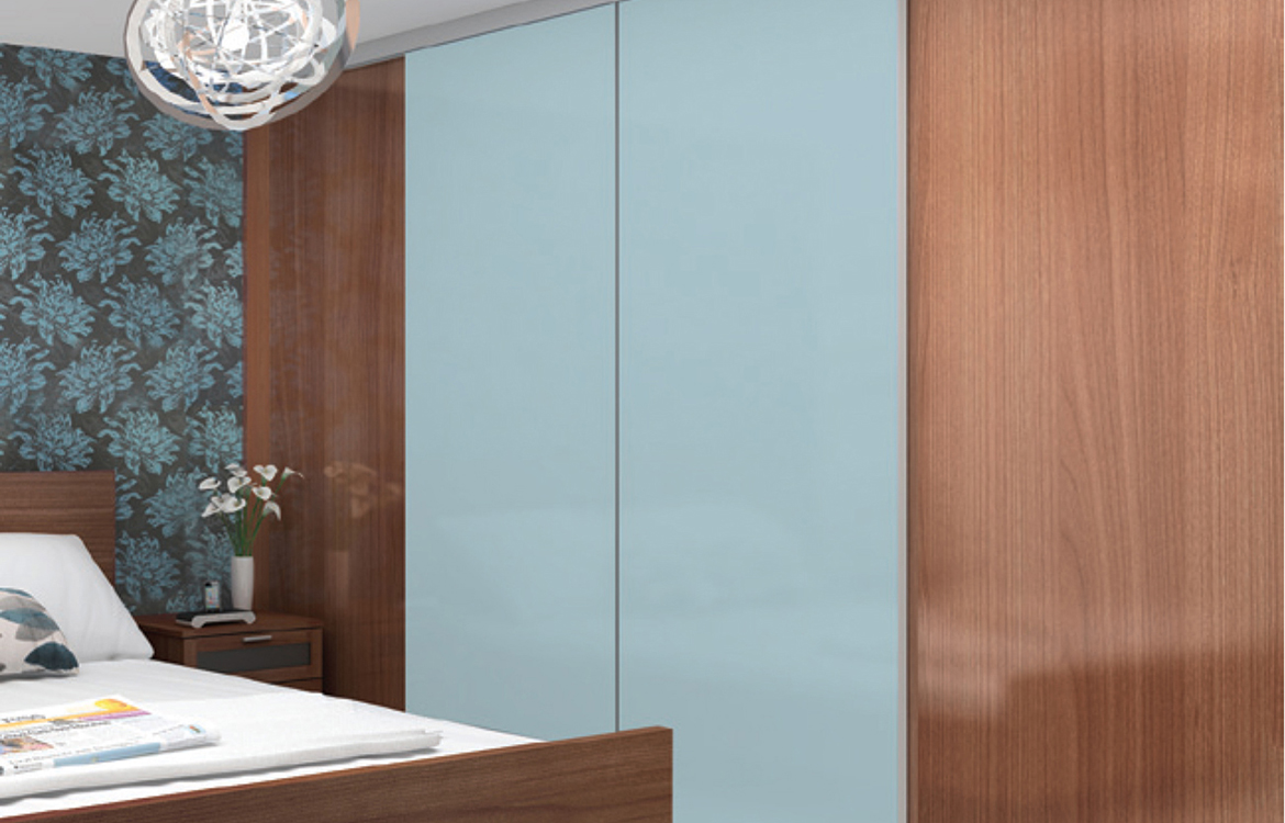 Sliding Wardrobe System - Minima :: satin silver, walnut & blue glass